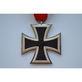Iron Cross Second Class 1939 marked L/11 by  Wilhelm Deumer.
