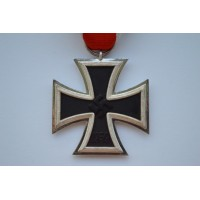 Iron Cross Second Class 1939 marked L/11 by  Wilhelm Deumer