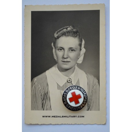 A German Red Cross Female Helper's Service Badge with photo.