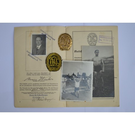 A set of  Sport Badge Gold DRL and documents of one person.