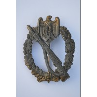 A Bronze Grade Infantry Badge by Schickle, very rare.