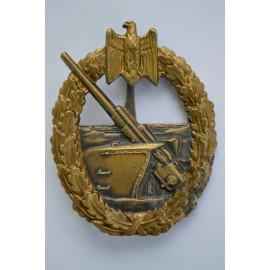 Coastal Artillery Badge by C.E. JUNCKER, BERLIN.