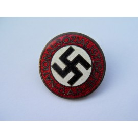 Party Badge marked RZM M1/101 maker Gustav Brehmer, Markneukirchen.