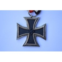 Iron Cross Second Class 1939 marked 125 of maker Eugen Gauss, Pforzheim.
