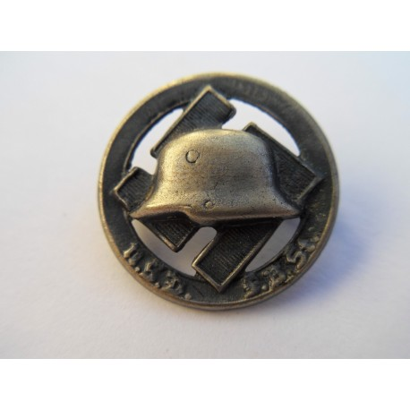 NSDFB Stahlhelm, member badge 1934-1935
