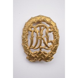 A BRONZE GRADE DRL SPORT BADGE - THIRD MODEL BY WERNESTEIN JENA