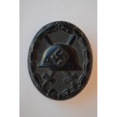 Wound Badge Black marked 3 maker Wilhelm Deumer Lüdenscheid.