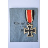 "Iron Cross Second Class 1939 with enwelope signed, marked ""65"" maker Klein & Qenzer Idar-Oberstein."
