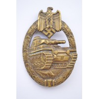 AN EARLY WAR BRONZE GRADE TANK BADGE BY KARL WURSTER