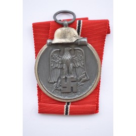 A 1941 - 42 EAST MEDAL MARKED 93 BY maker Richard Simm & Söhne, Pforzheim.