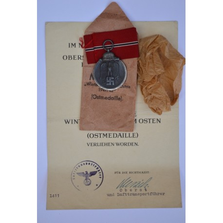 SET A 1941 - 42 EAST MEDAL UNMARKED maker Rudolf Souval, Wien in paper and enwelope, with Paper Award.