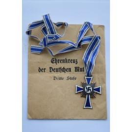 MOTHER'S CROSS BRONZE GRADE WITH ENVELOPE