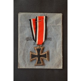 "Iron Cross Second Class 1939 with enwelope,  marked ""76"" maker Ernst Müller, Pforzheim."