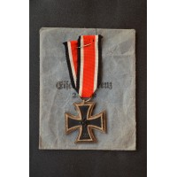 "Iron Cross Second Class 1939 with enwelope,  marked ""55"" maker Hammer & Söhne."
