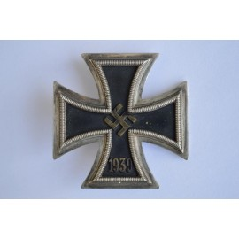 Iron Cross First Class 1939 maked 15 By Friedrich Orth, Wien.
