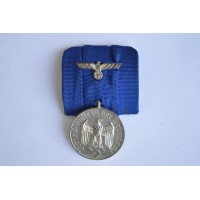 A SECOND WAR GERMAN ARMY LONG SERVICE MEDAL - 4 YEARS.