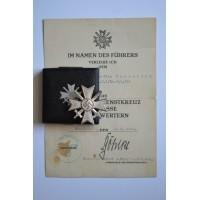 A First Class War Merit Cross with Swords By Klein & Quenzer, Idar-Oberstein.