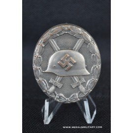 Wound Badge Silver marked 13 by Gustav Brehmer.