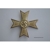 War Merit Cross 1st Class Cross marked 4 by Steinhauer & Lück, Lüdenscheid.