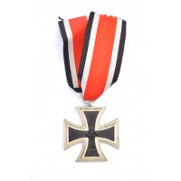 Iron Cross Second Class 1939 of maker Rudolf Wächtler & Lange, Mittweida.