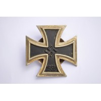 IRON CROSS FIRST CLASS 1939 BY C.E. JUNCKER, BERLIN.