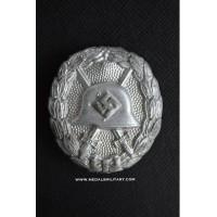 A Legion Condor Silver Grade Wound Badge.