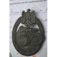 Tank Badge - Bronze Grade maker marked Frank & Reif