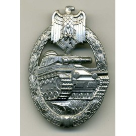 TANK BADGE OVAL CRIMP - SILVER GRADE