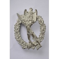 Infantry assault badge in silver, marked R.S. by Rudolf Souval.