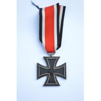 "Iron Cross Second Class 1939 marked ""65"" maker Klein & Qenzer Idar-Oberstein."