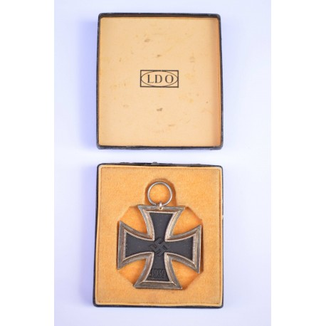A Cased LDO with Iron Cross Second Class maker Fritz Zimmermann Stuttgart