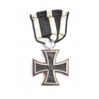 An Iron Cross Second Class 1914 marked Fr with case.