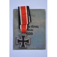 Iron Cross Second Class 1939 marked 4 with enwelope of maker Steinhauer & Lück, Lüdenscheid.