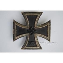 Iron Cross First Class 1939 screw back marked L/16 maker Steinhauer & Lück, Lüdenscheid.