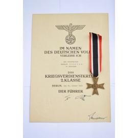 Set war merit cross without swords after Vorarbeiter Gerhard in Schkopau.