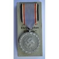"""A Mint Air Raid Defence """"Luftschutz"""" Medal, Second Class, Light Version"""