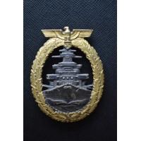 Kriegsmarine High Seas Fleet Badge by Schwerin, Berlin.