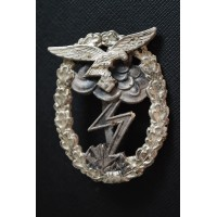 Luftwaffe Ground Assault Badge marked R.K. By Rudolf Karneth & Söhne