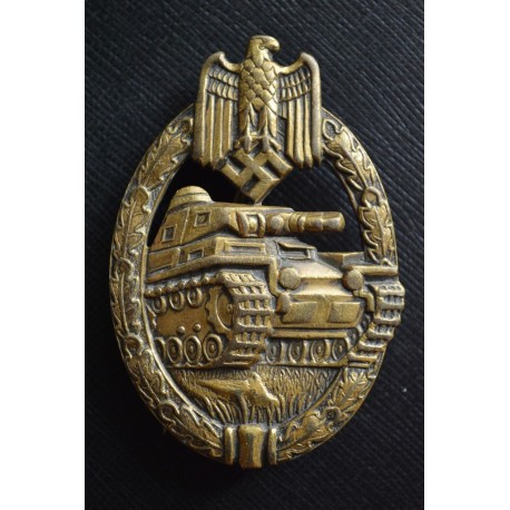 """A TANK-BADGE - BRONZE GRADE -  MARKED """"W"""" BY KARL WURSTER"""